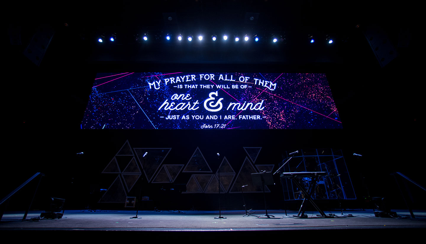 P3.9 Indoor LED Video Wall For Church.jpg
